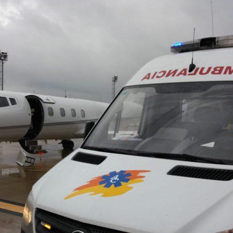 Ambulancias Civera, S.L., comienza a sustituir los rotativos con el color azul